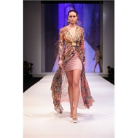 Beste Gürel 2012 İstanbul Fashion Week Defilesi
