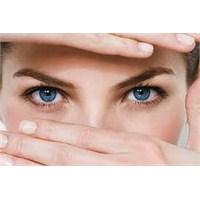 Göz Çevreniz İçin En İyi Bakım Ürünleri Neler Mi!