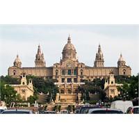 Barselona'nın En Ünlü Müzesi - Mnac