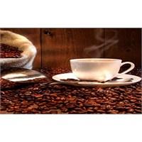Çok Kahve İçmek Hamilelik Şansını Azaltıyor