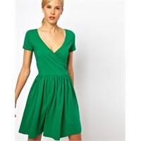 Yazlık Kısa Kollu Elbiseler