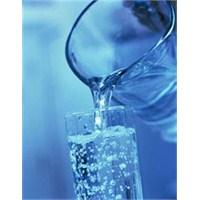 Suyun Vücudumuza Sağladığı 10 Fayda
