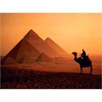 İlk Piramitler Türk Yapımı Mı?