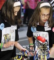 Geleceğin Robotları Legoyla Şekilleniyor