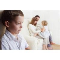 Tek Çocuk Mu, Yoksa Kardeş Mi? Tercihiniz Hangisi?