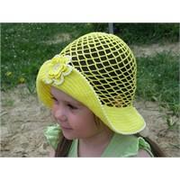 Minik Prenseslere Çok Güzel Şapka