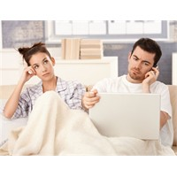 Sevgili Değil Teknoloji Tercih Ediliyor