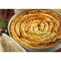 Pırasalı Patatesli Kol Böreği