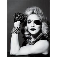 Popun Kraliçesi Madonna