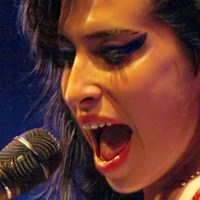 Amy Winehouse'un Hayatı Sahnelenecek