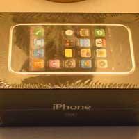 5 Yıllık Eski İphone Tam 10 Bin Dolar!