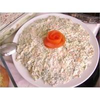 Kabaklı Havuçlu Salata.