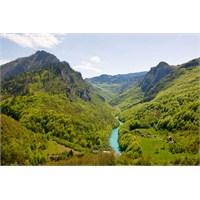 Tara Kanyonu Keşfedilmeyi Bekleyen Doğa Harikası