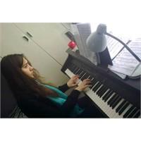 Piyano ... Piyano...