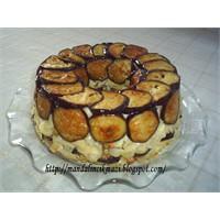 Kek Tenceresinde Patlıcanlı Makarna