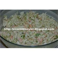 Çok Lezzetli Bir Salata Coleslaw