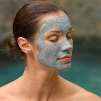 Evde Doğal Peeling Yapıcı Maske