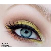 Altın Sarısı Göz Makyajı