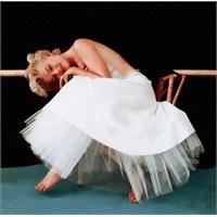 Marilyn Monroe Gelinliği