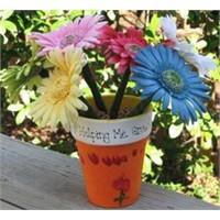 Çiçek Gibi Kalemler - Öğretmeniniz İçin