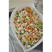 Lor Peynirli Salata ( Çingen Pilavı )