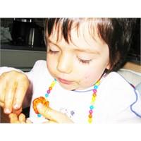 Çocuklar, En Çok Et Ve Şeker Ürünü Tüketiyor