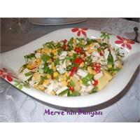 Patesli- Tavuklu Salata