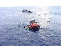 Gemi Okyanusta Batarsa Personel Canını Kurtarmak İ