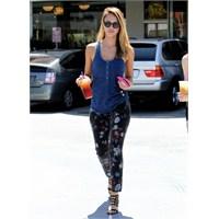Jessica Alba: Sokak Stili Ve Güneş Gözlükleri