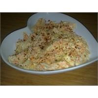 Beyaz Rüya Havuçlu Lahana Salatası