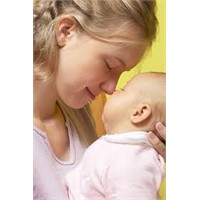 Genç Anne Sayısı Azalıyor!