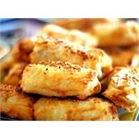 Pratik Lezzetlerden Patates Böreği