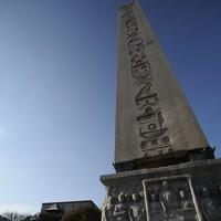 Sultanahmet'in Göğü Tırmalayan Taşları