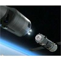 Çin'den Uzaya E-posta Attılar