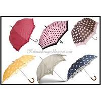 Puantiye Modası Şemsiyelerde