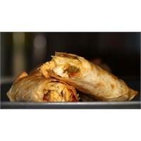 İftar Sofrası: Sebzeli Tavuklu Börek Tarifi