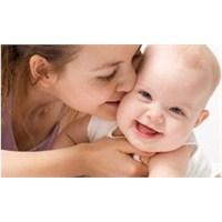 Anne Sevgisi Hastalıklardan Koruyor