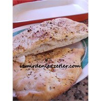 Zeytinyağlı İtalyan Yassı Ekmeği Focaccia