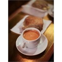Aşırı Kahve Tüketimi Doğurganlığı Etkiliyor