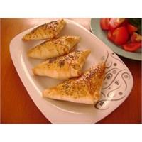 Erzincan Tulum Peynirli Muska Böreği