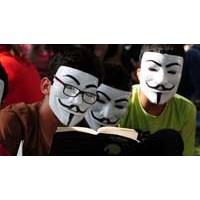 Gezi İçin Hem Direnelim He De Okuyalım