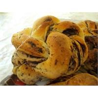 Zeytin Ezmeli Kekikli Ekmek