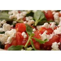 Beyaz Peynirli Semizotu Salatası