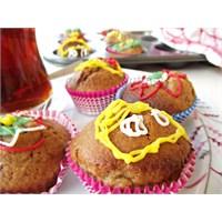 Karamelize Armutlu Muffin
