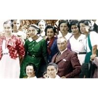 Atatürk Ve Çağının Kadınları