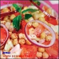 Nar Ekşili Nohut Salatası.