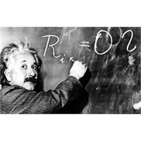 A.Einstein'la Ölümüne Yakın Yapılan Röportaj