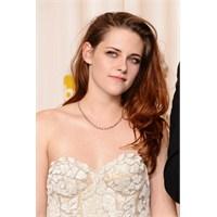 Twilight Güzeli Kristen Stewart'ın En Şık Modası