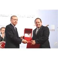 Dağıtım Ağıyla Yılın Girişimcilik Ödülünü Aldı!