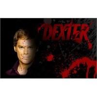 Dexter'la Tanişin… Karanlik Düşlerine Şahit Olun